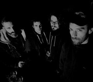 guitar + vocal: Bamby, drums: Damien, guitar + lead vocal: Bénos, bass: Michawel